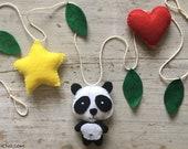 Kidsroom felt wall decoration with panda/racoon/fox/leopard/leon/zebra/rabbit, Garland, Woodland wall hanging, nursery, baby room decor