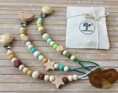 Silicone Pacifier Clip for baby, Dummy clip, Pacifier chain, wooden beads, silicone beads, newborn / Cumilánc, cumitartó lánc