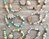 Silicone Pacifier Clip matching keychain for Baby and Mom, Future mom gift pacifier chain set, Wooden silicone beaded dummy clip, teether