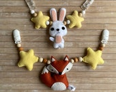 Stroller chain with felt animal, wooden or silicone beads