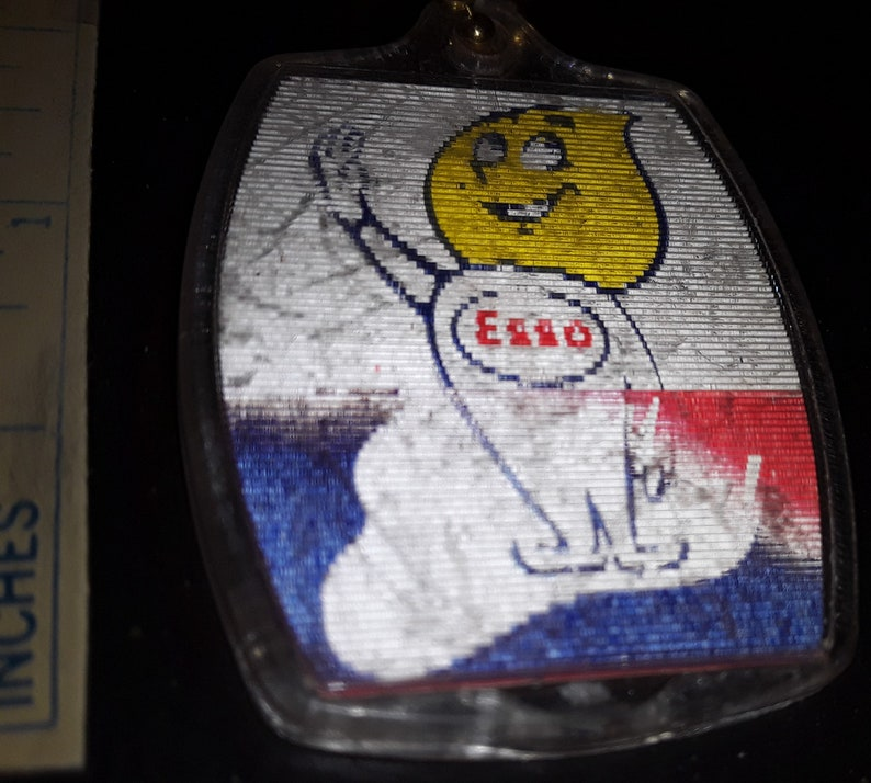 Oil Drop Head Gas Station Advertising  Exxon Vintage 1960s ESSO FLICKER Key Chain Ring Mr