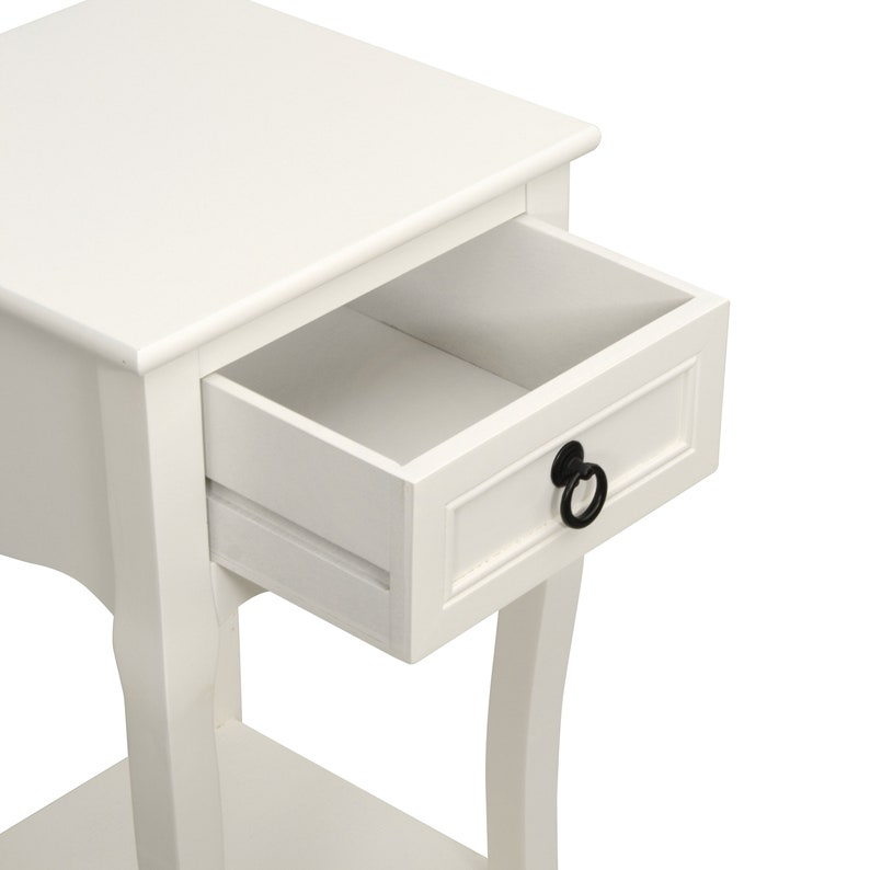 27 Classic Accent Table