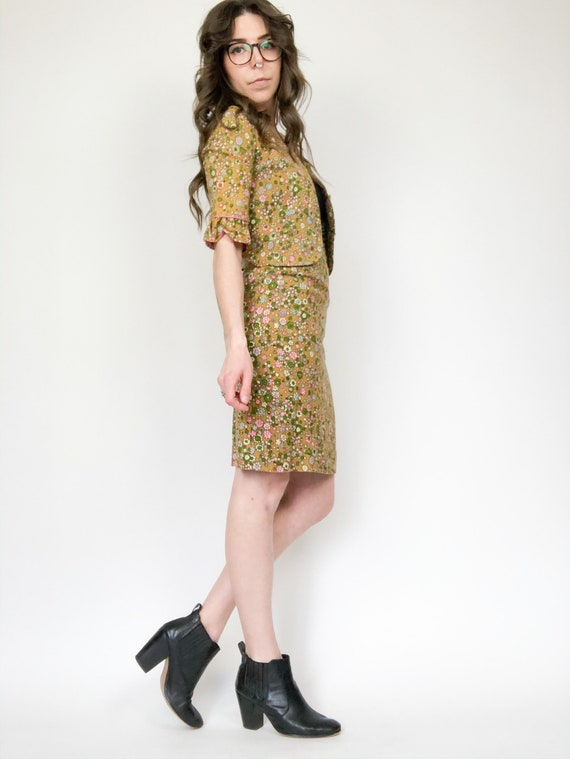 Vintage 60s Floral Two Piece Blazer and Skirt Set - image 3