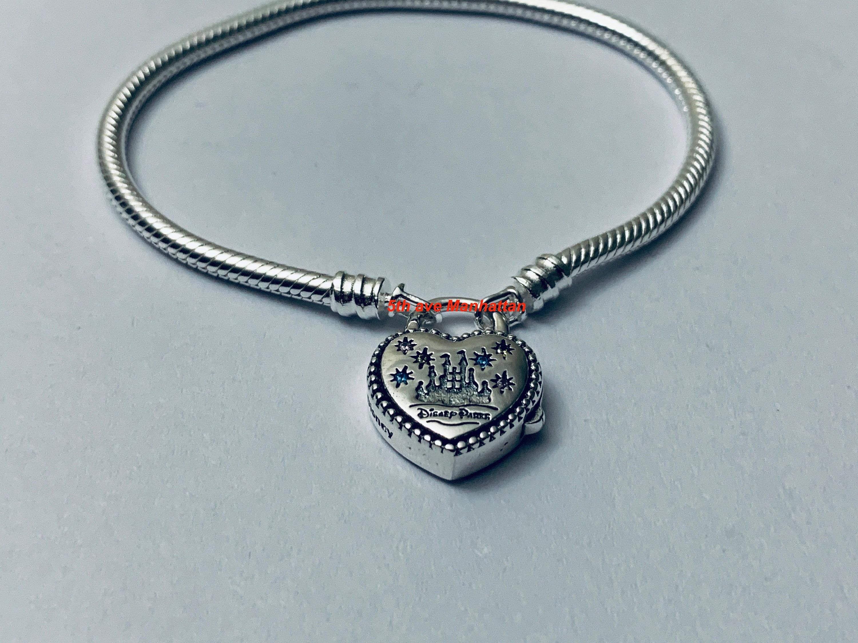 Pandora Bracelet FANTASYLAND CASTLE HEART Bracelet 925ale / Pandora  Bracelet, Pandora Charms, Pandora Beads, Pandora Disney Parks