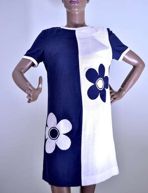 60's Lady Fame daisy dress