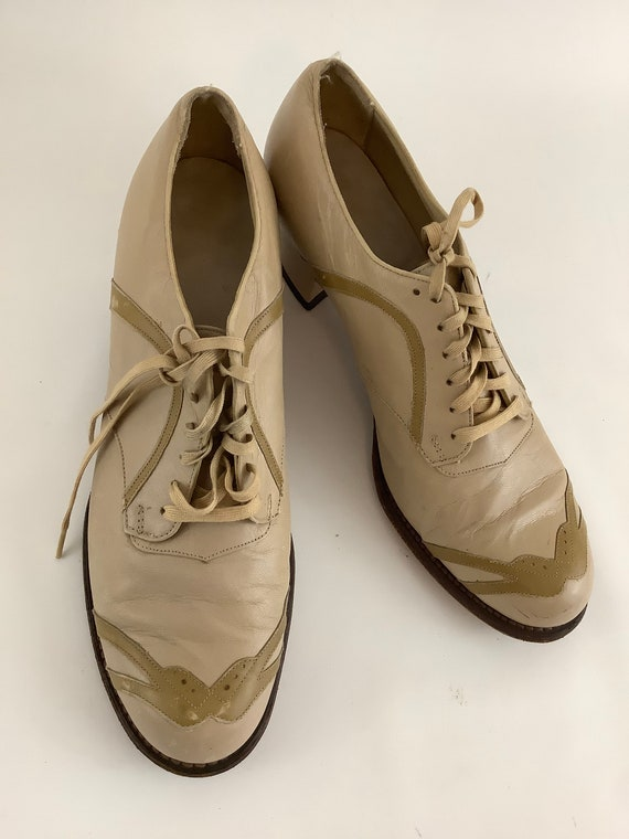 40's Dr. schools shoes