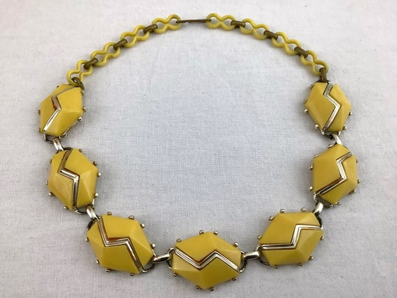 50's butter yellow and silver geometric plastic c… - image 3