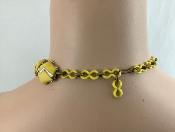 50's butter yellow and silver geometric plastic c… - image 2
