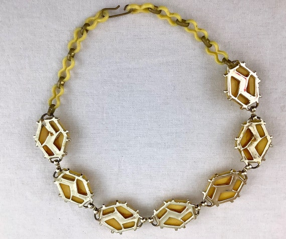 50's butter yellow and silver geometric plastic c… - image 4