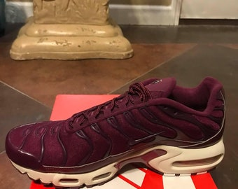 huge selection of b2b20 ce167 Women Air Max Plus Size 10 Bordeaux