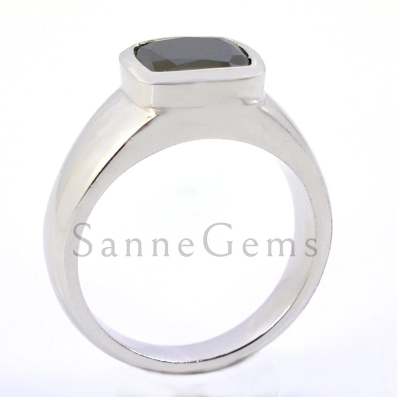 Certified diamond 4 Carat Black Diamond Ring In Cushion Cut Full fire !