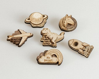 """""""Magical Travel"""" brooch"""
