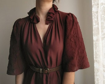 Knee Length Tunic Dress with Puffy Sleeves and Ruffle Collar