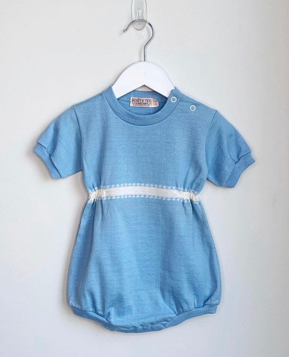 1940s unisex baby blue embroidered romper onsie 6-12 months