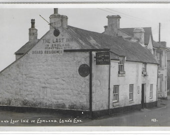 FIRST and LAST INN, Lands End, Cornwall - Unused Vintage Postcard Published by The First and Last House in England