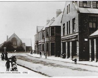PARISH CHURCH, ASHINGTON, Northumberland - Unused Vintage Postcard Published by Johnston & Sons, Gateshead - The Monarch Series