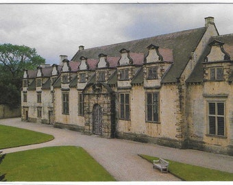 BOLSOVER CASTLE, DERBYSHIRE - Vintage Postcard Published by Beacon Press for English Heritage