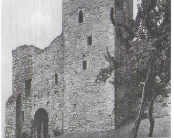 RICHMOND CASTLE, RICHMOND Tower, Gold Hole Tower & Sally Port - Unused Vintage Postcard Published by Nostalgia Ink