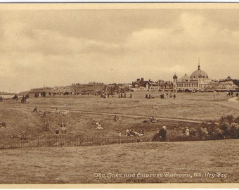 THE LINKS and EMPRESS Ballroom, Whitley Bay, Tyne and Wear - M & L National Series Vintage Postcard - Unused