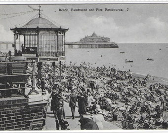 EASTBOURNE Beach, Bandstand and Pier, East Sussex - Unused Vintage Postcard