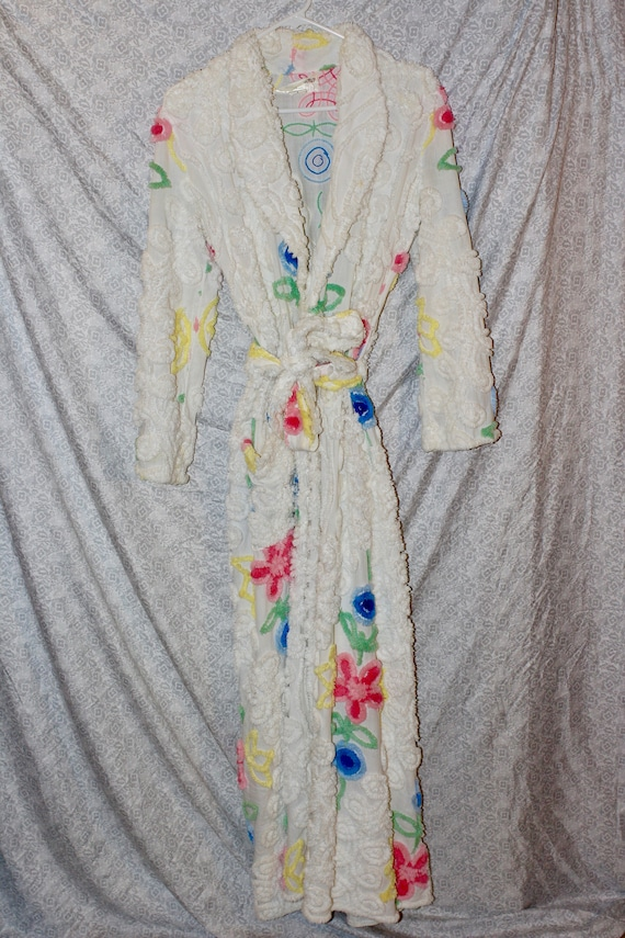 Classic Chenille Robe by Bath /& Robes