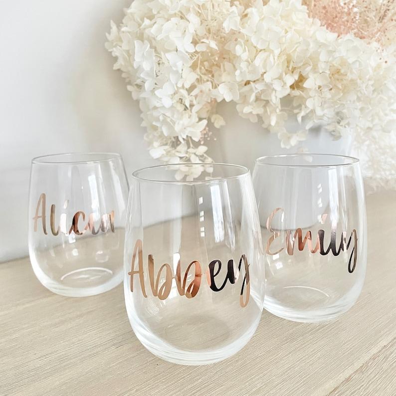 Custom Stemless Wine Glasses Bride Gift PERSONALISED WINE GLASS Bridesmaid Proposal Bridesmaid Gift Ideas