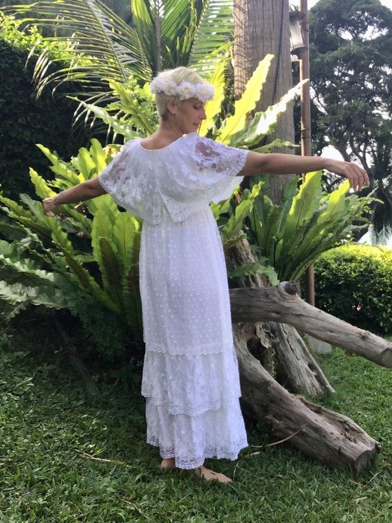 Romantic ruffled vintage boho wedding dress - image 7