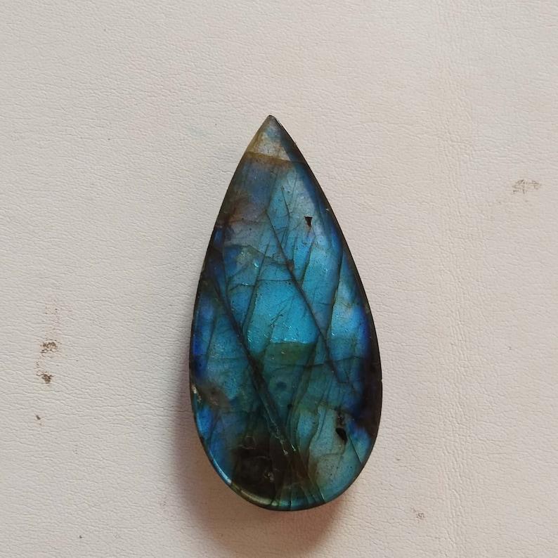 Jewelry Making AAA Quality Labradorite Cabochon Gemstone 37X17X7MM 38CTS Pear Shape Green Blue Flashy Labradorite Loose Gemstone Crystal