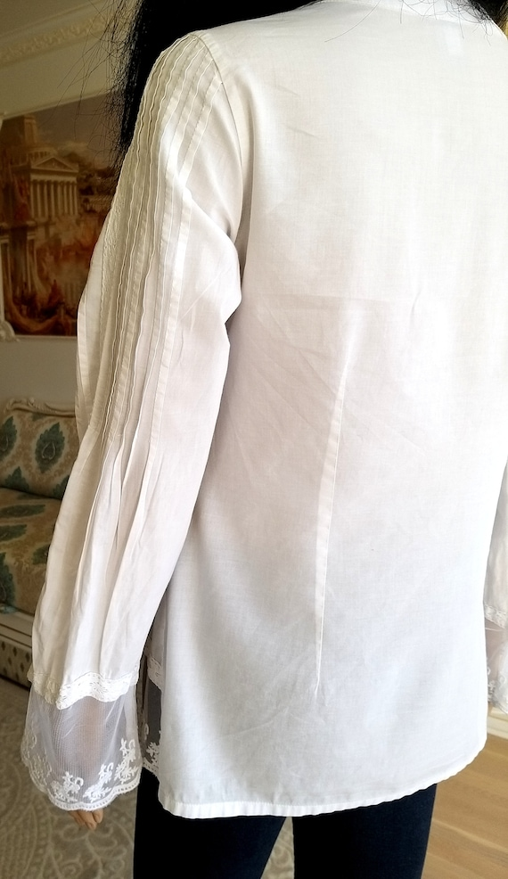 80s embroidery white blouse Victorian Clothing Vi… - image 4