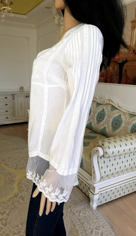 80s embroidery white blouse Victorian Clothing Vi… - image 10