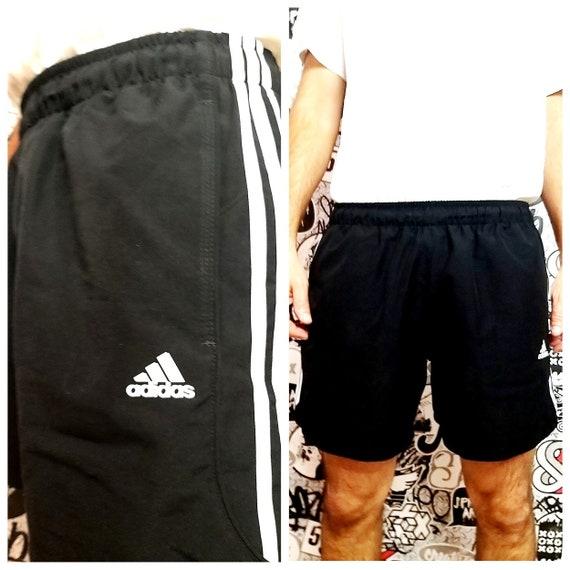 adidas shorts  XL men shorts Vintage 90's Football