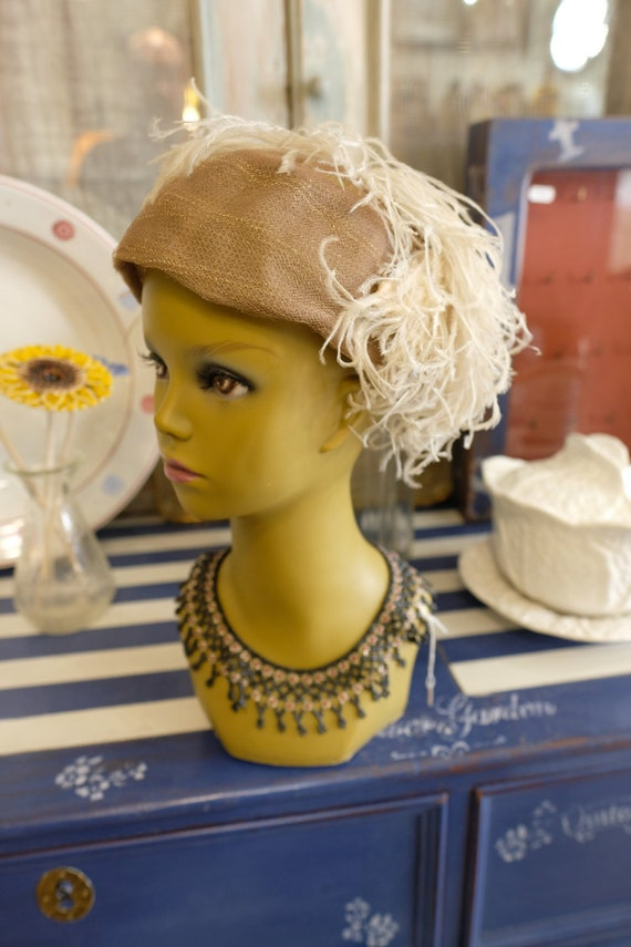 Vintage 1940's 1950's Hat  Wool Felt Saucer Hat  &