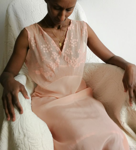 1930s  pink embroidered silk crepe chiffon and sil