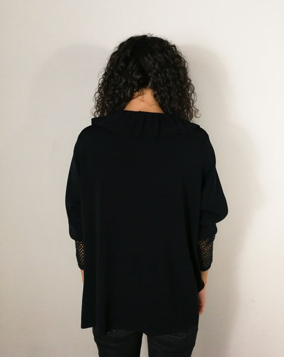Black knitwear cardigan with ruffles - image 5