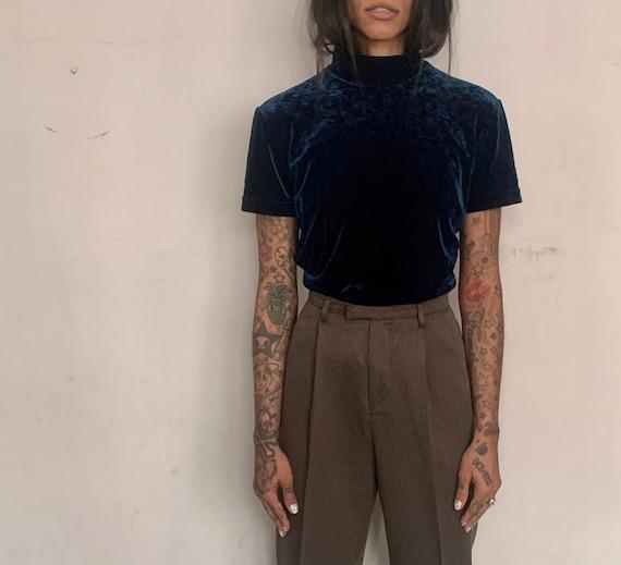 brown burgundy sweater 90s velvet mock neck blouse medium formal overflowing colours stretchy zipper minimalism
