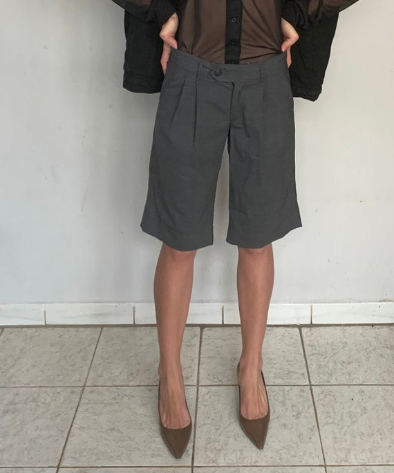Mid Rise Pleated Wool Shorts
