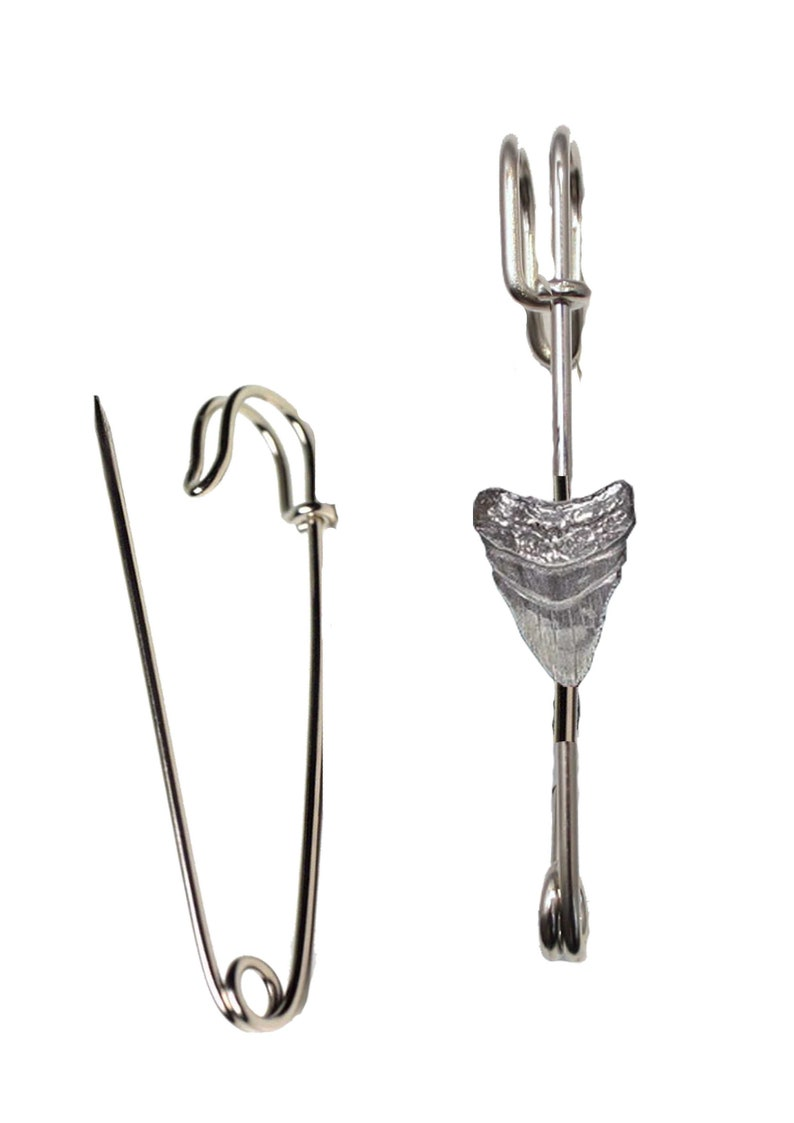 lead free English Pewter handmade in Sheffield uk Hats etc WA120 Prehistoric Sharks Tooth on a 3 inch Kilt Pin  Brooch for Scarves