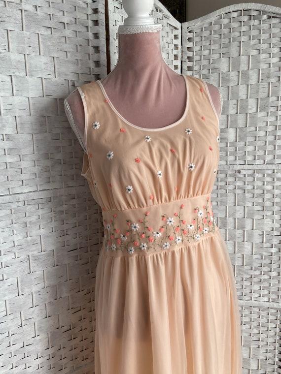 vintage 1960s/cottagecore dress/spring/flower emb… - image 2
