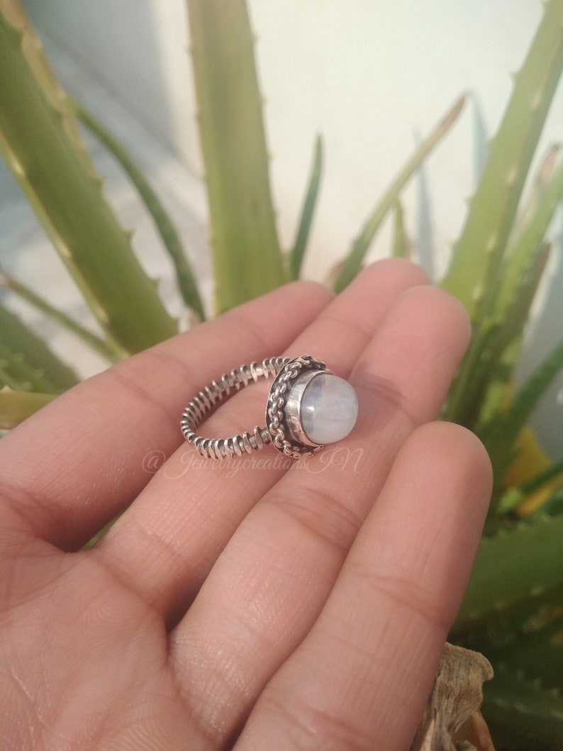 Moonstone Ring,925 Sterling Silver,Handcrafted Ring,Designer Band,June Birthday,Deep Blue Flash Ring,Boho Ring,Healing Crystal,Gift For Her