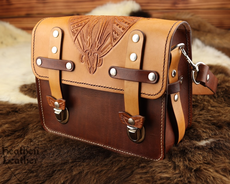 Leather bag with short straps Celtic punching gold brown image 0