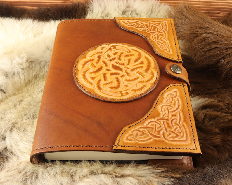 A5 leather cover for notebook Celtic motifs hand-embossed image 0