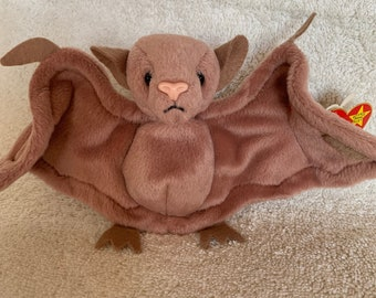 RARE Batty Beanie Baby - MINT CONDITION 45d08ca70