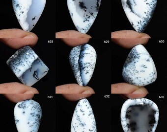 Natural Dendrite Round Shape Cabochon Top Quality Designer Dendrite Loose Gemstone For  Pendant Jewelry Dimensions-29x29x5mm Wt-7.5gm..