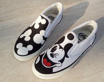 e9354c61a9 Mickey mouse vans
