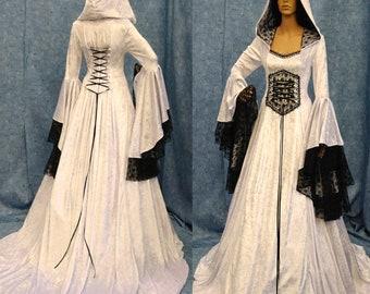 4c50052cc5541 Medieval renaissance dress | Etsy