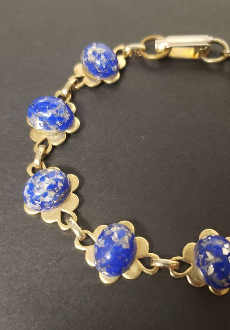Vintage 1960s 1970s Blue Resin Cabochon Gold Floral Bracelet