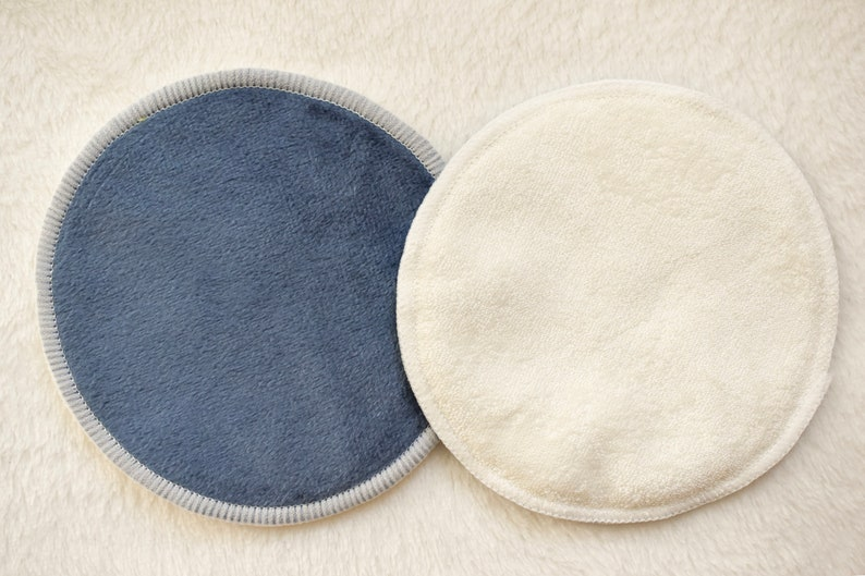 Image of reusable organic bamboo nursing pads in blue and white