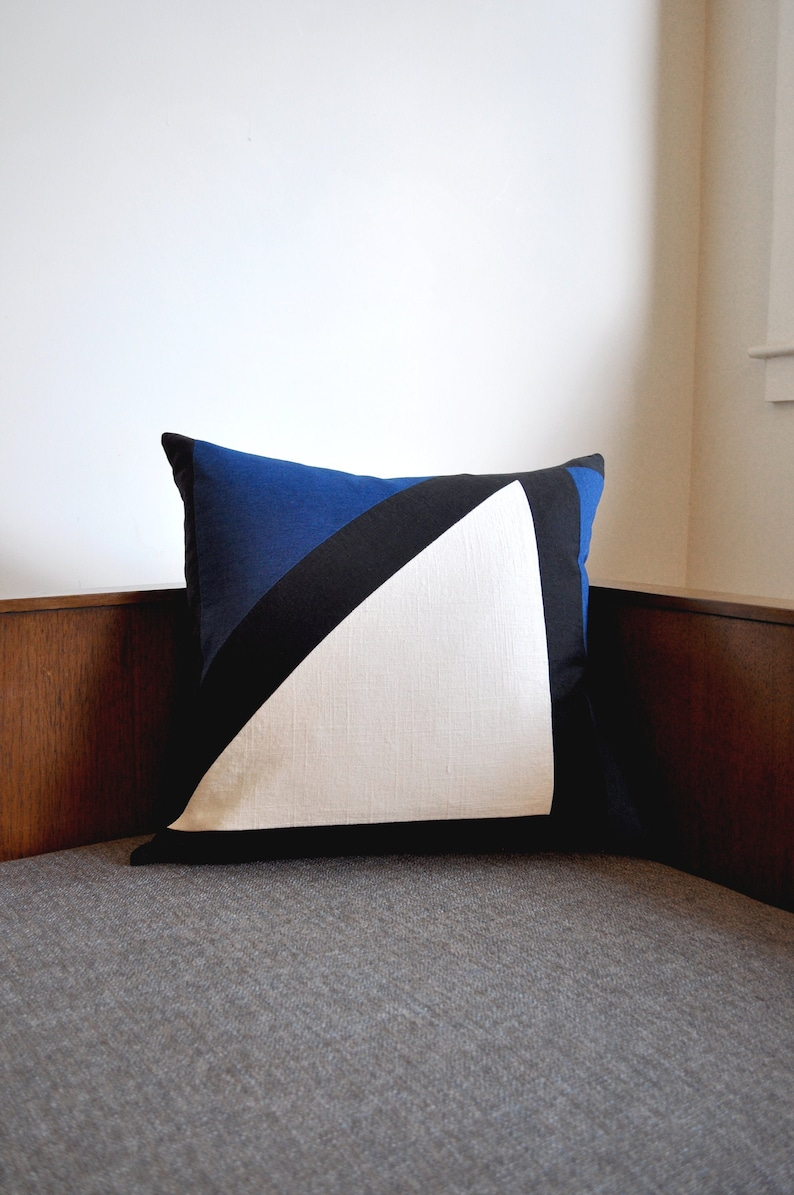 Night Shadows Pillow Cover image 0