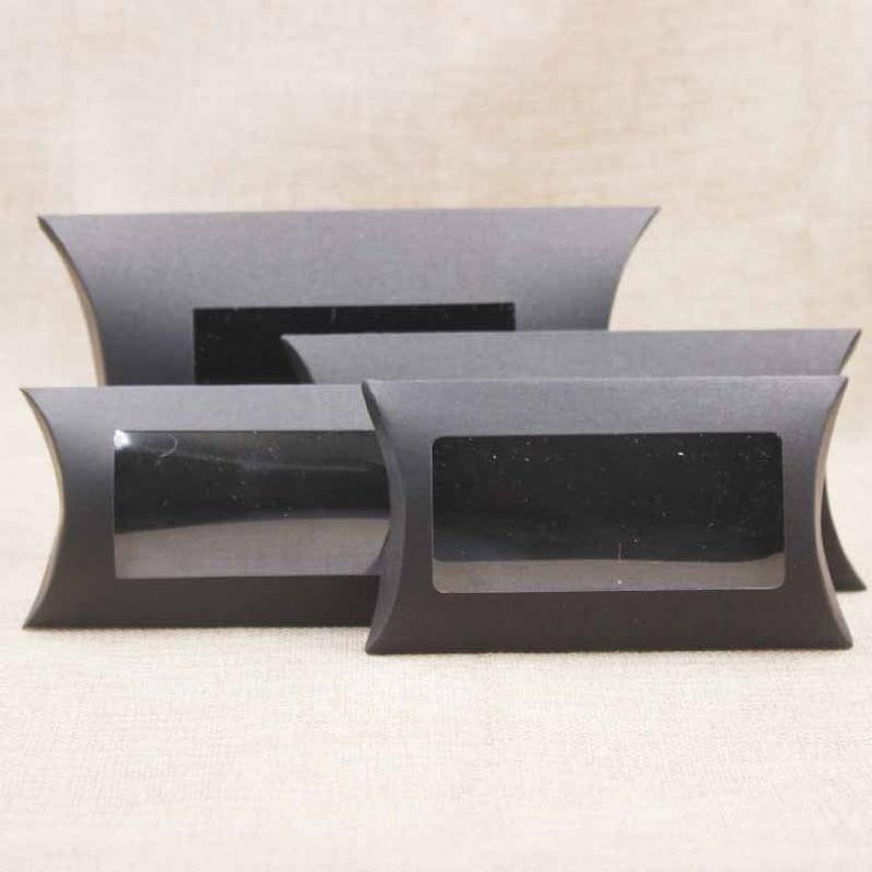DIY blank paper gift box .Mutli size pillow gift box with clear pvc window,kraftwhiteblack paper window box for gift 10pcs