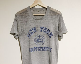 03b4fb4526d1 Vintage New York University Shirt